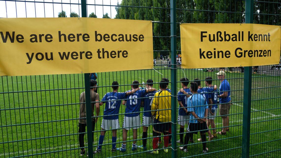 9. Interkulturelles Fußballturnier im Afrikanischen Viertel-Fußball auf dem Nebenplatz