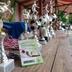 Pokale beim 9. Interkulturellen Fußballturnier