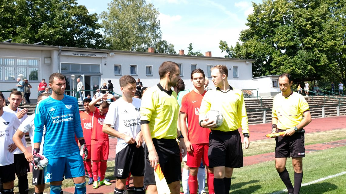 Englischkurs mit Referee Michael Lowe